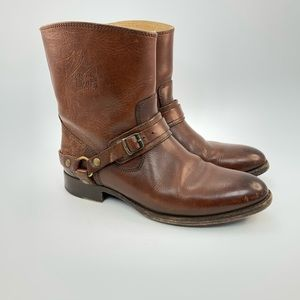 Frye Lindsay low leather boots size 6.5